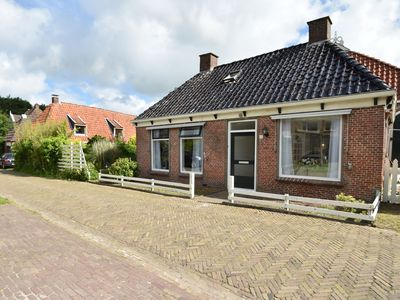 Photo for Quintessential Frisian home in old town centre near Leeuwarden & Wadden Islands