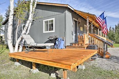 Discover the beauty of Alaska from this vacation rental apartment!