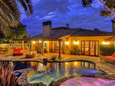 Photo for Villa-style home w/courtyard, private pool/hot tub & game room!