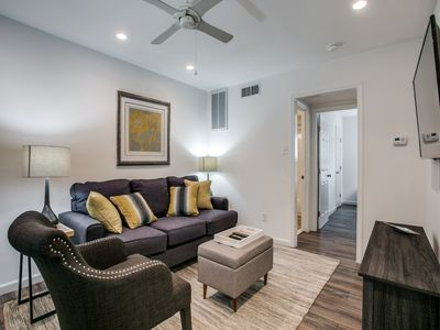 Photo for Cozy modern flat near Swiss Ave Preservation District