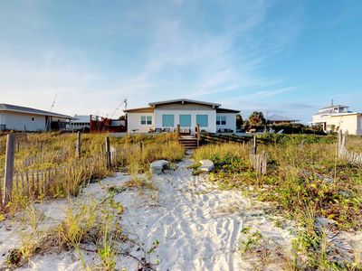 "Photo for No Hurricane Damage! Rare Ground Level! Beachfront, Prvt Pool AND Hot Tub! Beach Gear, Pets Welcome, Fireplace 3BR/2BA ""At Island's Edge"""