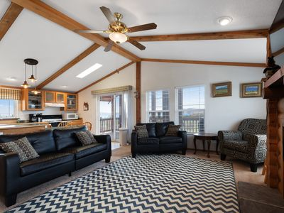 Photo for Dog-friendly cabin w/ a full kitchen, pool table, & access to Ideal Beach area!