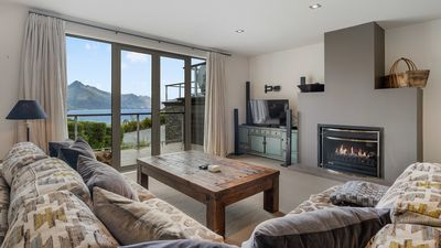 Photo for Sweeping mountain views   Minutes from downtown Queenstown   BBQ & Balcony
