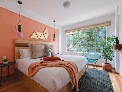 Photo for Sprightly, modern and comfy flat in the heart of Condesa