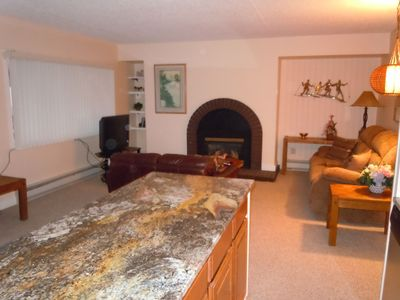 "Photo for "" Great Rate ""  --Walk to Gondola, Chair 8 , Hot Tubs, Sauna, Dining, Shops"
