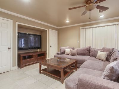 Photo for PRIME NEW ORLEANS LOCATION Sleeps 8