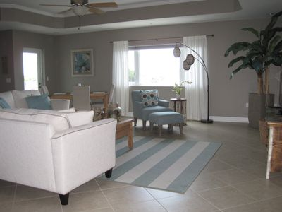Gorgeous 2 BR Condo / Views of Gulf & Lemon Bay / Boat Slip Available