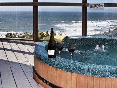 Anchor Suite Hot tub with Oceanfront View