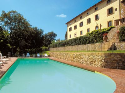 Photo for Villa del Castagno In Gambassi, Tuscany