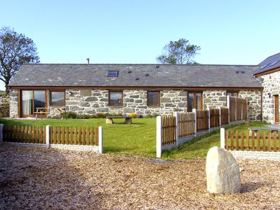 Photo for Y BEUDY, pet friendly, with open fire in Criccieth, Ref 2353