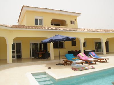 Photo for Superb modern villa of high standing beautiful swimming pool in Ngaparou + car