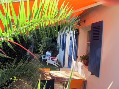 Photo for Delightful small house in a quiet neighbourhood close to the beach and the golf