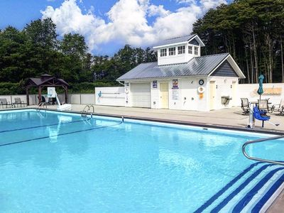 Photo for Cottage #6 at DollyBrook Resort just minutes from Saugatuck