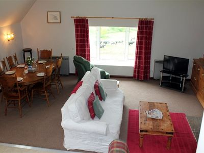 Photo for THE GRANARY, pet friendly, with pool in Malmesbury, Ref 988972