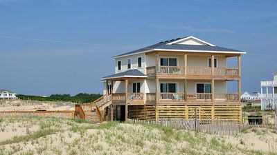 Photo for Oceanfront, 4x4, Hearts of the SEC, pool, hot tub, jacuzzi
