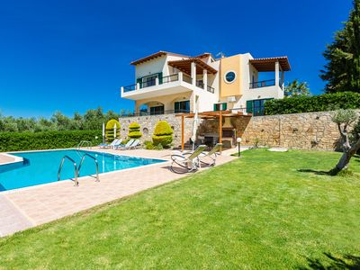 Photo for Great views,Private pool,Near Rethymno town,9 guests