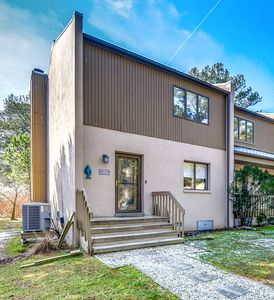 Photo for Walk, Bike, Or Shuttle to Beach! Just Updated Townhouse w/  Pool & Tennis