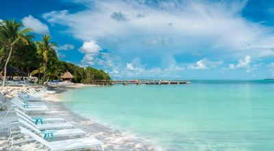 Photo for Couple's Keys Escape! Lovely Hammock View King Unit, 2 Pools, Private Beach