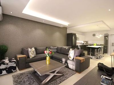 Photo for 2BR Apartment Vacation Rental in Cape Town,