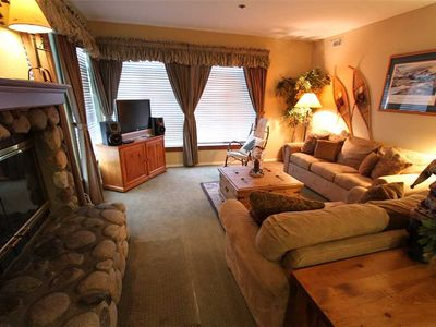 Photo for Updated, 2 Bed/2 Bath, Great Complex Amenities and Walk to Canyon Lodge