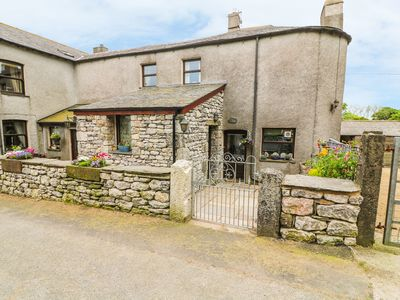 Photo for HORRACE FARM COTTAGE, pet friendly in Pennington, Ref 921656