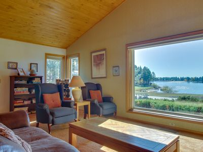 Photo for NEW LISTING! Cozy condo w/lake view, hot tub, entertainment & lake access