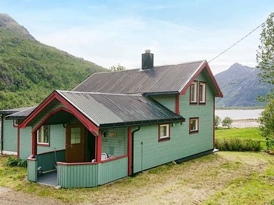 Photo for 8 person holiday home in Tengelfjord