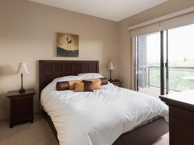 Photo for Corner Apartment with Lake View #518