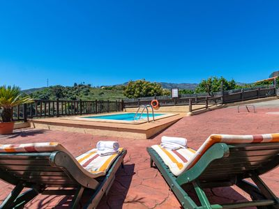 Photo for Holiday cottage with private pool in San Mateo