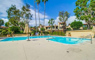 Photo for Fashion Hills Townhouse, centrally located, with quick access to shopping, freeways and more...