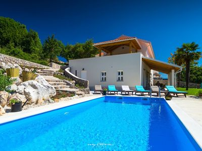 Photo for Luxury villa with pool near Opatija