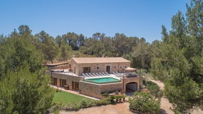 Photo for Finca for 12 with pool and ping pong, in Sant Joan, Mallorca
