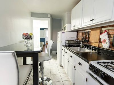 Photo for Modern 2-bedroom apartment near subway and park
