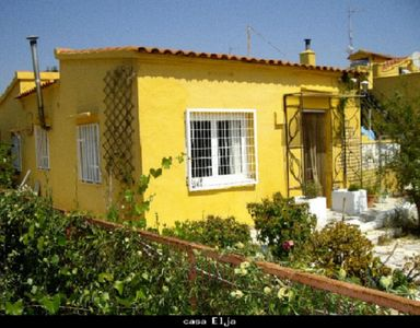 Photo for Casa Elja holidayhome in the countryside at Villa Torrent in Valencia
