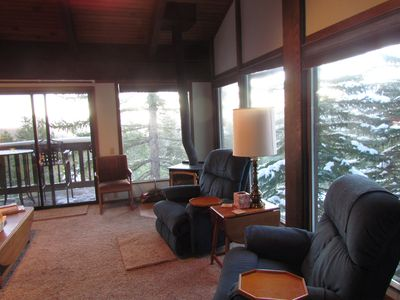 Photo for 2 Bedroom +Loft, 2 Bath Condo With Amazing Views For Miles, Accommodates 6