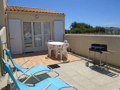 Photo for classified vacation rental 2 stars, beach huts, 80m. of the sea.
