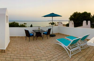 Photo for Apartment with private roof terrace and sea views in Prainha / Alvor