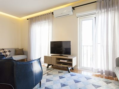 Photo for Monthly discount! 2-level Apt w/2 BR, in Graça