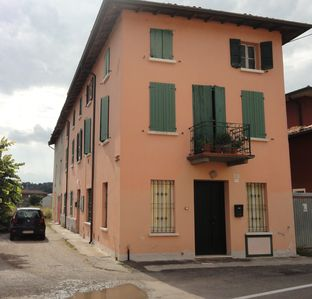 Photo for Two-room 5 minutes from Desenzano del Garda in Lonato fraction Centenaro