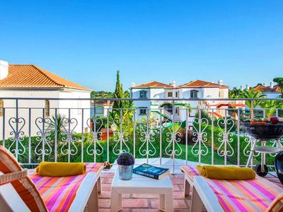 Photo for Two bedroom first floor apartment with communal pool in Encosta do Lago, Quinta do Lago U078