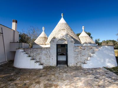 Photo for Trullo Gioiellino in the countryside near Ceglie Messapica