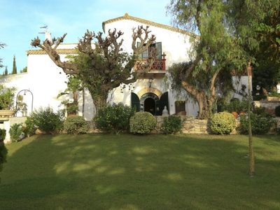 Photo for 10 bedroom Villa, sleeps 20 with