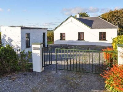 Photo for 3BR Cottage Vacation Rental in Mullagh