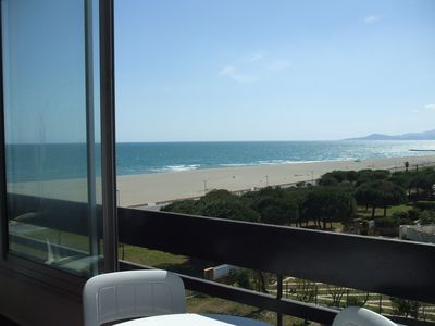 Photo for direct access to the beach and sea view, with wifi, private parking