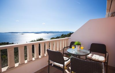 Photo for One bedroom apartment with terrace and sea view Mokalo, Pelješac (A-639-c)