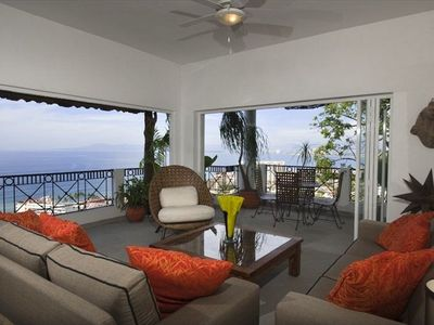 Photo for Luxury Penthouse, Private Pool, Unobstructed City and Ocean Views, Sunny Deck