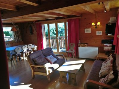 Photo for Chalet VOLIÈRE HAUT -Outside : chalet for 8 persons, large terrace, garden, balcony, barbecue, sun t