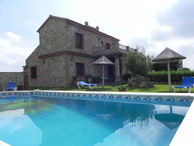 Photo for luxurious Villa with fantastic views, private pool and garden, 4 bedrooms sleep 8, quiet, 10min to beaches of Conil, with free Wifi