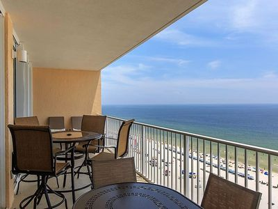 3 BR, 3 BA Beachfront with Pool!