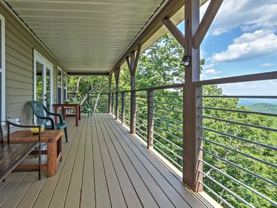 Photo for Clayton Cabin w/Patio-5 Miles to Black Rock Mtn!